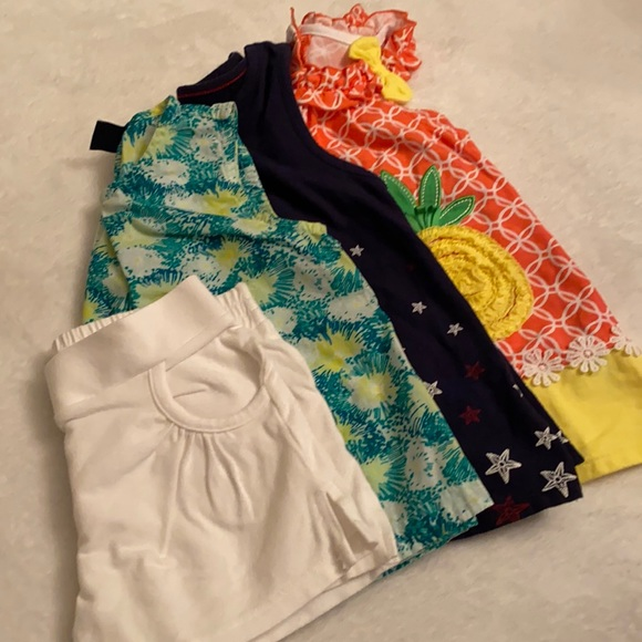 3 Outfits {Lot of 3 tops & 1 pair of shorts}